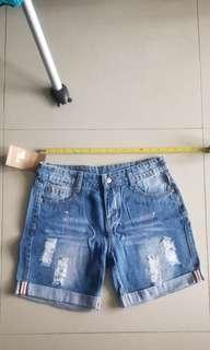 《全新》女裝牛仔短褲