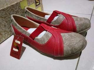 Flat Shoes Red-Cream NEW