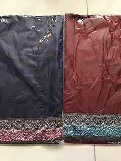 Satin border shawl