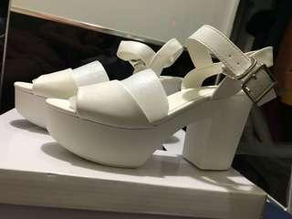 Lowrys Farm white heeled sandals