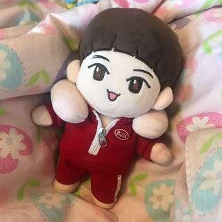 🚚 SHINee shinee Key 蹦米 玩偶 娃娃 運動服蹦
