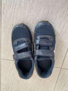H&M boy shoe