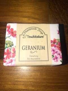 Touch nature Geranium Handmade soup