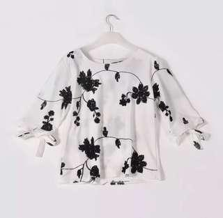 Monochrome Floral Tie Sleeves Blouse