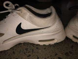 Nike theas white
