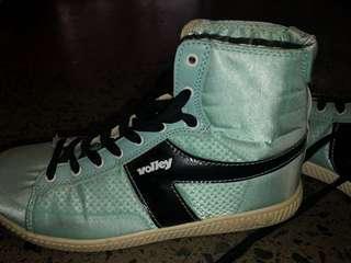Volley sneakers