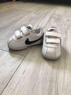 Nike baby forest gump shoes