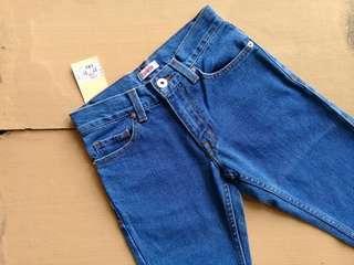 Edwin 505 Straight Cut Skinny Jeans 02