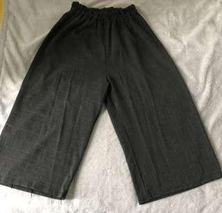 灰間闊裙長褲