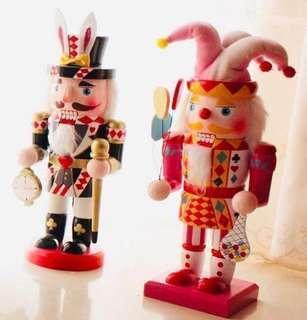 限量 訂造🎄2018 聖誕手繪 小丑胡桃夾子 愛麗斯兔子士兵木質公仔 餐廳酒店家具 擺設 裝飾 禮物 Christmas Nutcracker decoration 30cm  ( 一個)