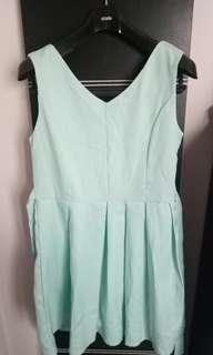 Dress Pesta size M