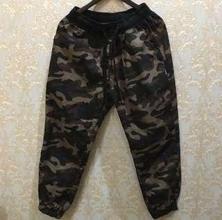Celana army trousers / jogger army