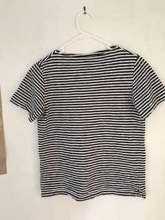 UNIQLO black and white striped t shirt size XS