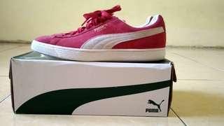 Puma suede size 43 red