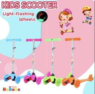 Kids Scooter - Pink with LED light wheels