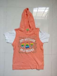 Bossini kids shirt with a hood! Size is in the description!