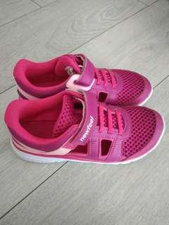 Pink Sports Shoe from decathlon