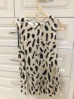 Sleeveless Top leopard print