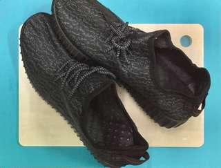 Yeezy Sport Shoes