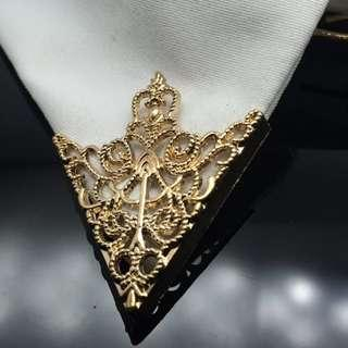 Golden Retro Collar Brooch Pin #mmar18