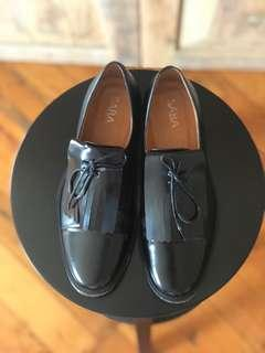 SABA leather flats