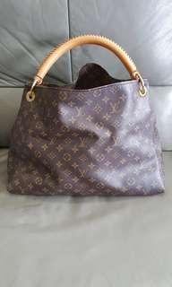 LV Artsy MM Bag
