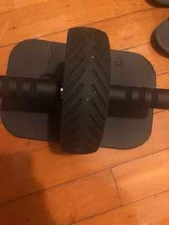 Adidas 健身滾輪及膝墊