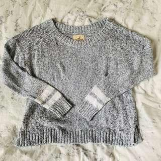 Hollister grey sweater 🖤