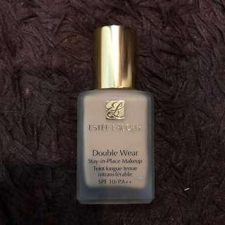 ESTEE LAUDER Double Wear - Foundation shade warm vanilla