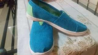 ❤Toms blue &green two-tone shoe
