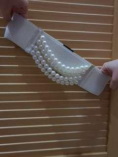 White Pearls Belt