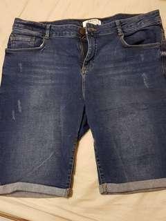 Dorothy perkins jeans knee shorts