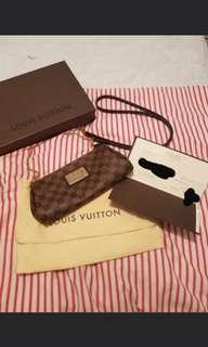 Louis Vuitton -Eva Clutch