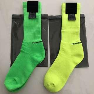 [INSTOCK] Peaceminusone Neon Socks