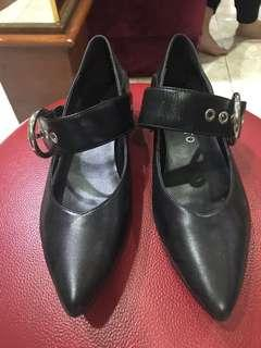 Staccato black shoes