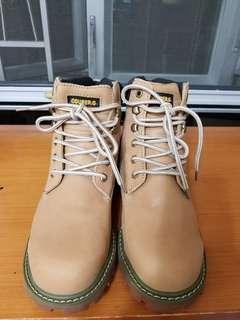 COUBER.G 型格猄皮boot