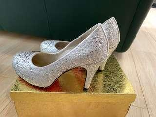 Brand new wedding shoes