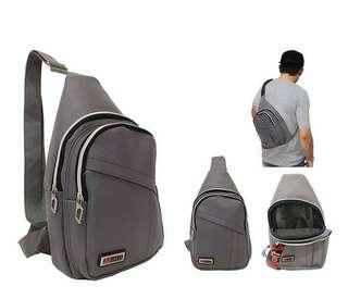 Tas Selemoang / Waist Bag Gress. Kulit sintetis. 34 x 20 x 8 cm. IDR 68000. Barang dijamin sesuai pict