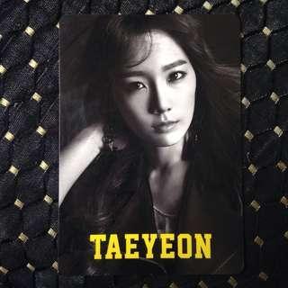 [OFFICIAL] SNSD LOVE&PEACE TOUR - Taeyeon Photocard