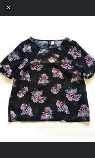 H&M DIVIDED Floral Top