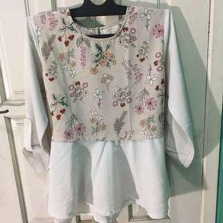 Blouse putih / top putih