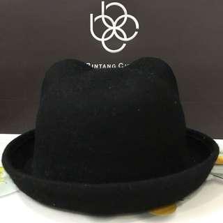 Cute black kitty hat