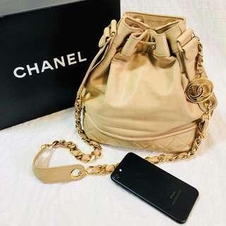 Chanel Vintage bag 卡其色