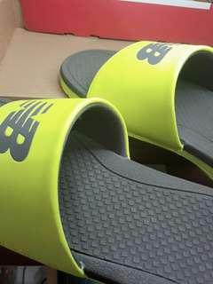 🚚 New Balance 拖鞋