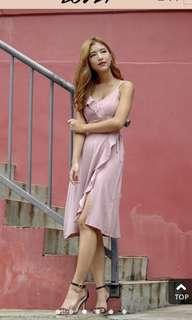 🚚 Deborah Ruffles Slit Dress in Dusty Pink