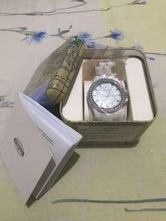 Authentic Woman's Fossil Watch White Ceramic