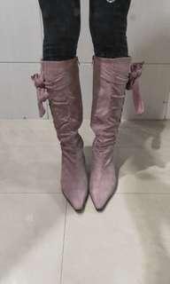 🚚 全新@秋冬麂皮粉色尖頭蝴蝶結綁袋超纖細瘦腿美長靴