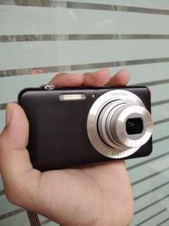 Camera Digital Sony Cyber Shot DSC - W710