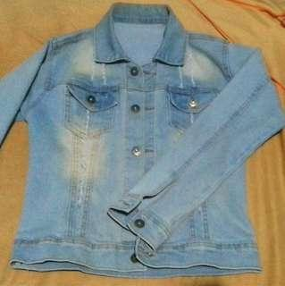 Ripped Light Blue Denim Jacket (Jaket Jeans)