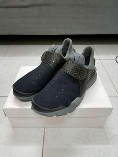 Nike lab Sock Dart 特別版黑灰色 US10
